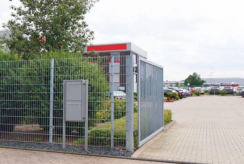 2er-Briefkasten-Standanlage für Autohäuser
