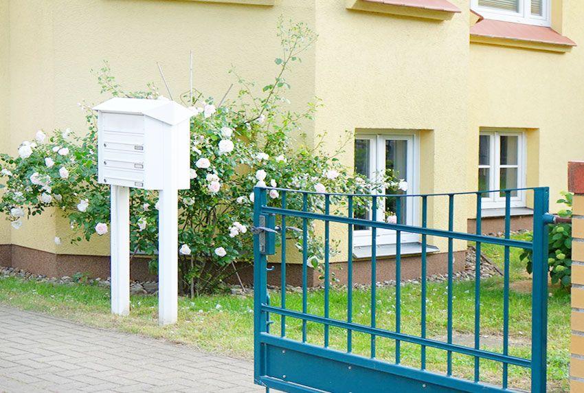 Abschließbare Briefkastenanlage für Drei-Familienhaushalt