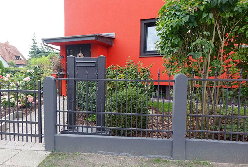 Anlagen und Briefkastensysteme für Wohnanlagen und Einfamilienhäuser im passenden Architekturstil