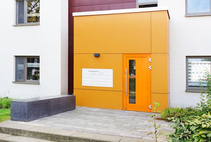 Auch die Briefkastenanlage bei Hausmodernisierung erneuern