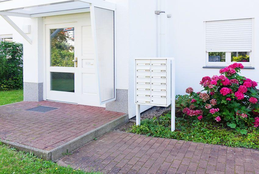 Briefkastenanlagen für komplexe Wohneinheiten die hohes Volumen für die Post bieten
