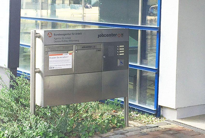Edelstahl Briefkastenanlage für Ämter und Behörden