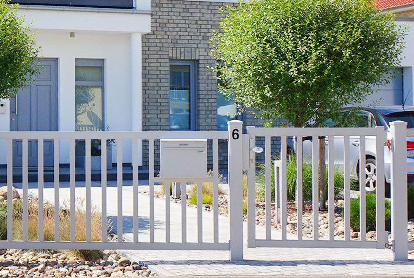 Einzelner Zaun-Briefkasten für Einfamilienhaus