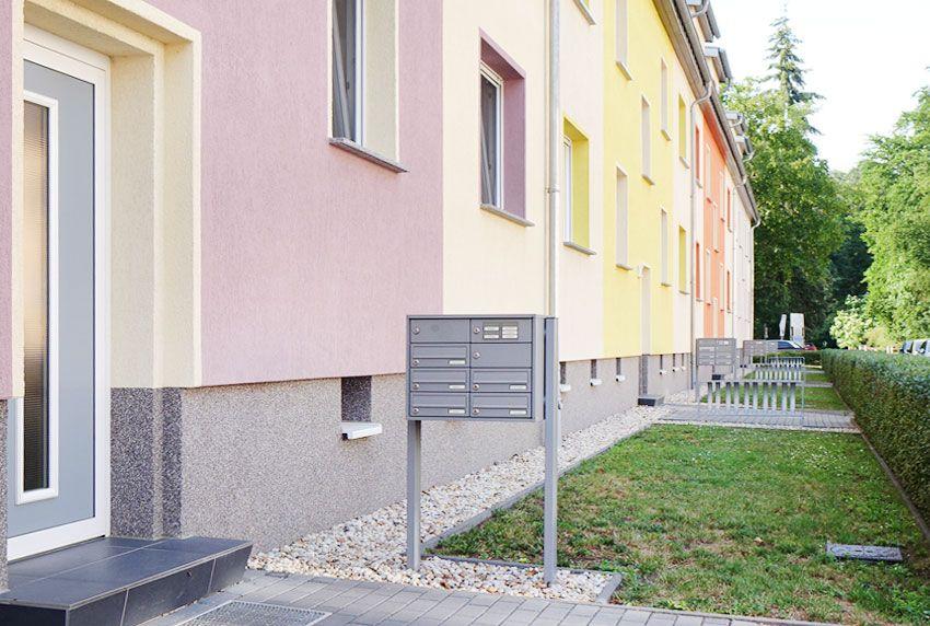Freistehende Briefkastenanlagen mit Postfächern nach EN- und DIN-Norm