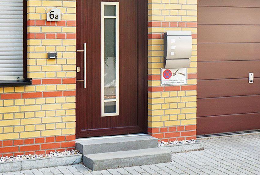 Moderner Wandbriefkasten mit Sichtfenster online bestellen