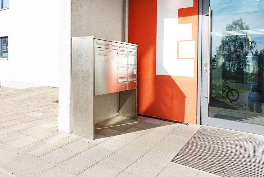 Repräsentative Briefkastenanlage als Maßanfertigung für Ämter und Behörden
